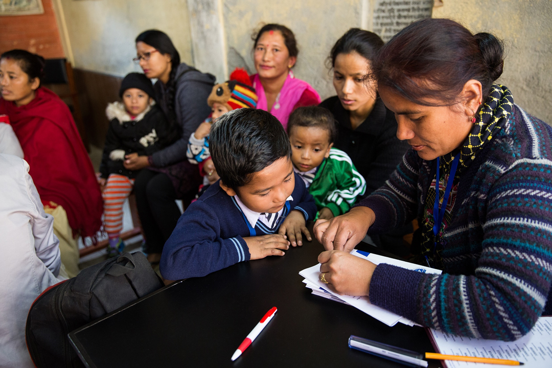 Before they can enroll in the study, the child and their guardian see a trained counsellor who makes sure that they understand what the study involves, and answers any questions they may have. If the guardian is unable to read, the counsellors make sure to read the participant information booklet to them.