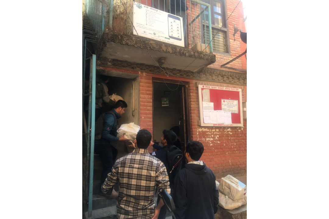 The trial team set up 15 clinics to be able to vaccinate 20,000 children in Lalitpur District. Clinic set-up involved cleaning, assembling equipment, installing IT systems, and running a mock clinic with the staff.